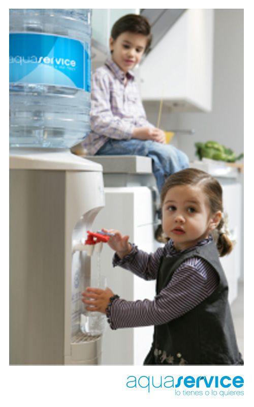 Máquinas dispensadoras de agua… ¡en tu casa! La comodidad de recibir el agua embotellada a domicilio y servírtela a tu gusto. Clica aquí y pide tu pack de bienvenida con una cafetera y 3 meses gratis: http://blog.aquaservice.com/maquinas-dispensadoras-de-agua/