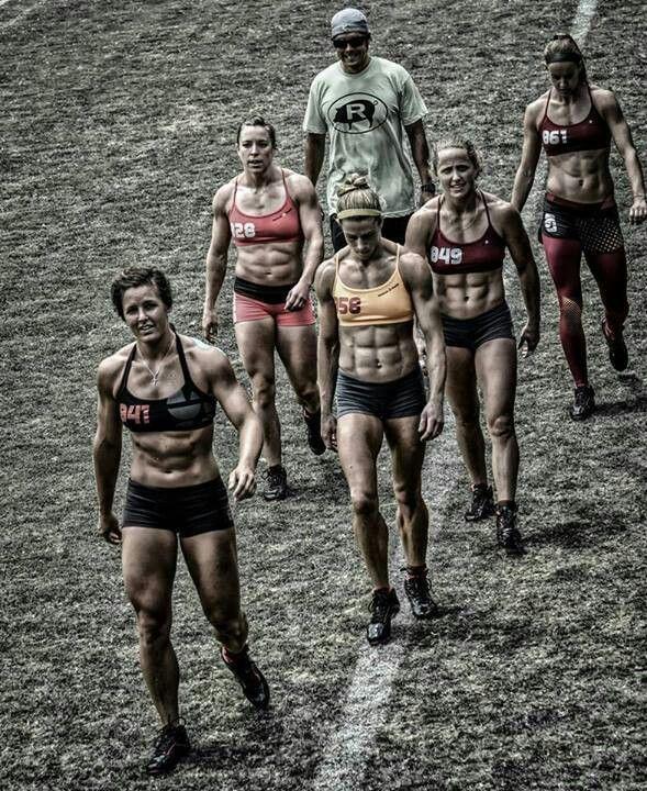 Crossfit set. Women. Abs.