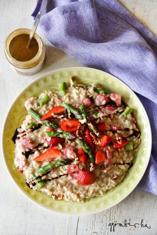 Asparagus - strawberry risotto with walnut cream. | Diókrémes rizottó spárgával és eperrel