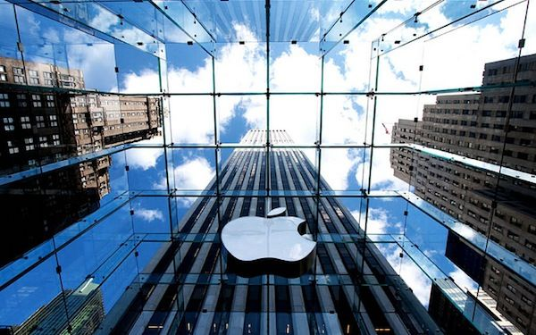 Apple's valuation reached $621.64 billion Monday morning, making it the most valuable company in history.