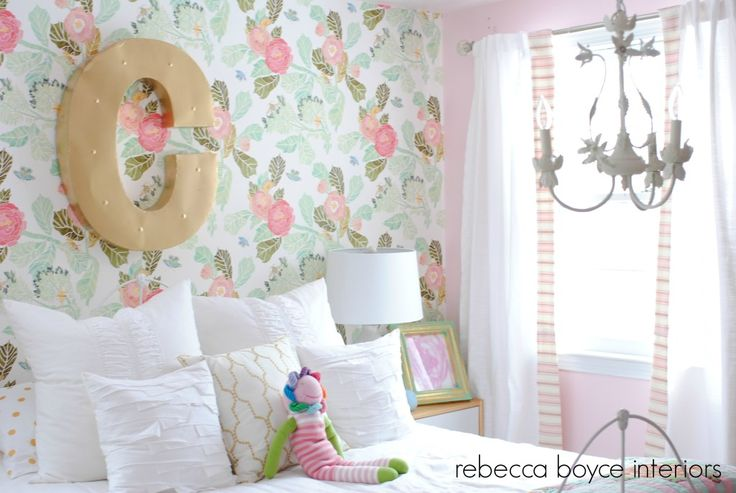 Big Girl Room featuring a fab floral wallpaper accent wall!