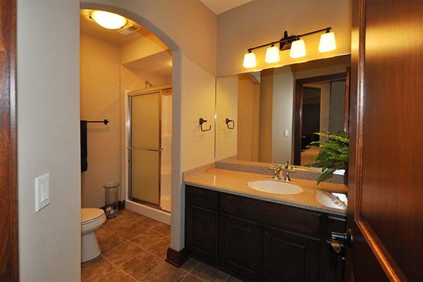 Ashland - Victory Homes of Wisconsin, Inc. Full bath in lower level