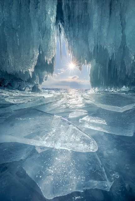 Crystal cave by CoolbieRe on Flickr.