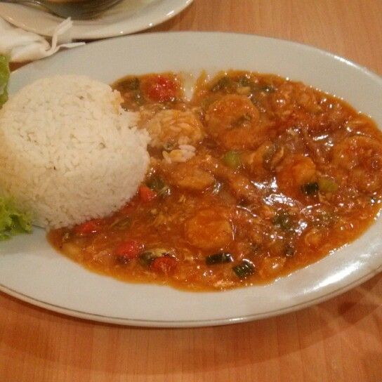Nasi udang saus padang