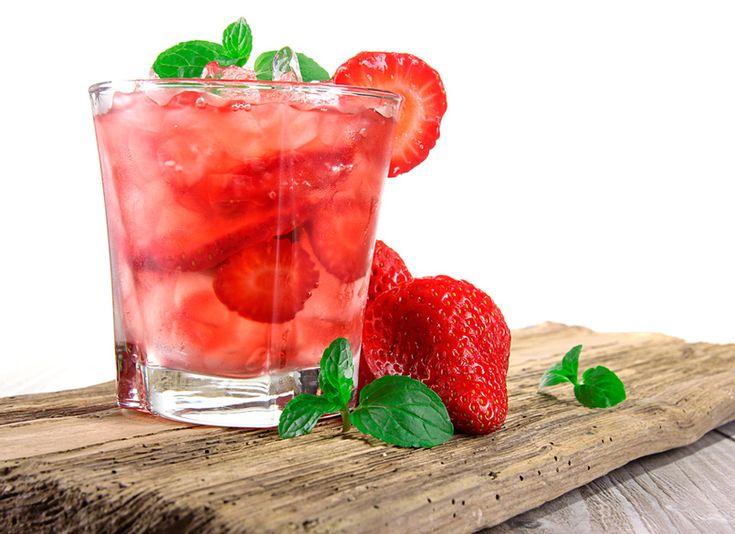 ¡Quítate el calor con estas aguas de frutas naturales!