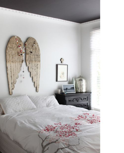 """This """"head board"""" would be sure to instill a blissful sleep!"""
