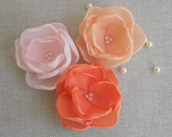 Коралловые красные, розовые и персиковые цветы в ручной работы, Подружки невесты аксессуаров, цветочниц заколки для волос, контактный, брошь, обувь застежка, свадьбы, набор из 3
