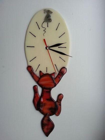 """Часы """" Охотник"""" - рыжий,часы настенные,часы интерьерные,часы для дома"""