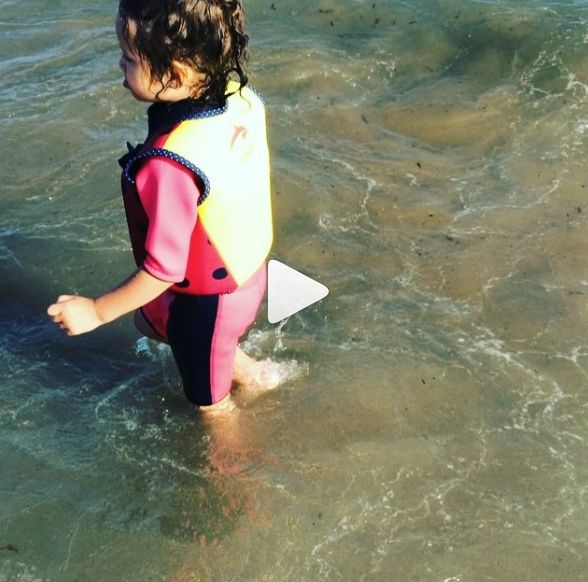 """Olivia Getting Confident in Water with """"Konfidence"""" 