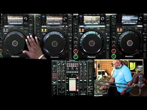 One of my absolute favorite mixes! No one does it better than Carl. Watch how he gets those boxes tuned in! Love him:)  Carl Cox - DJsounds Show 2011