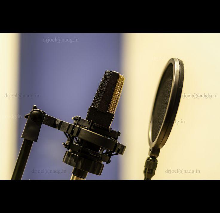 Legendary vocal mic....AKG C414