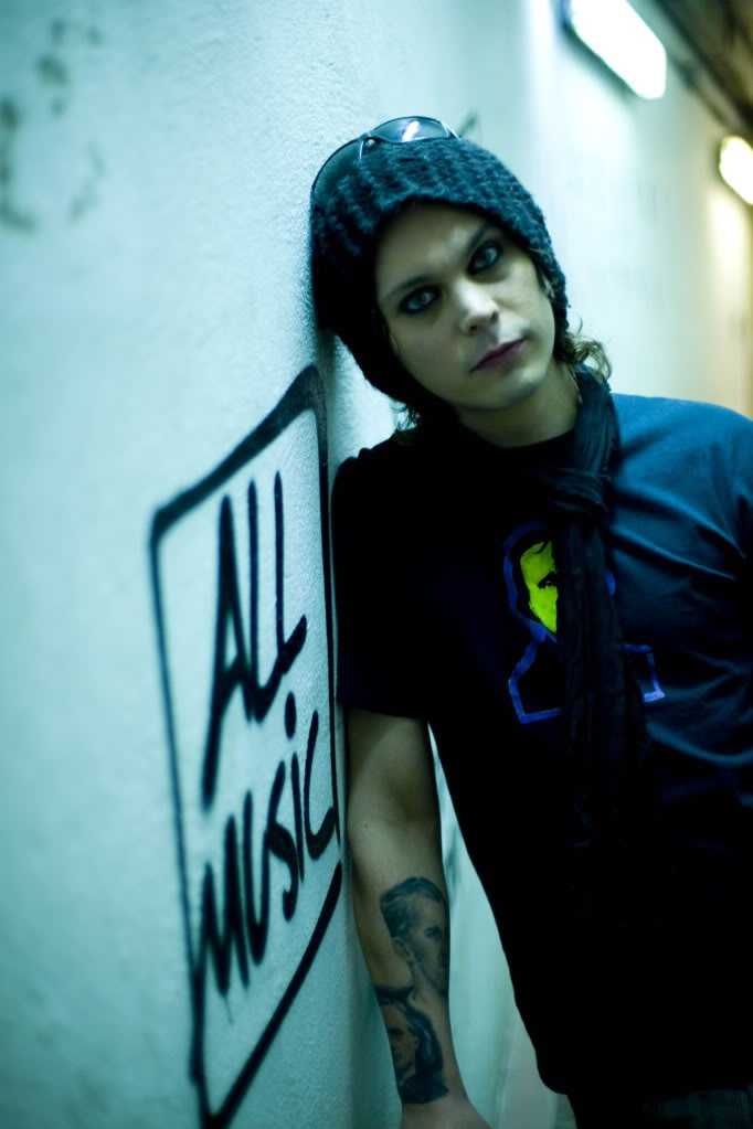 """Ville Valo """"In joy and sorrow my home's in your arms"""" (In Joy and Sorrow)"""