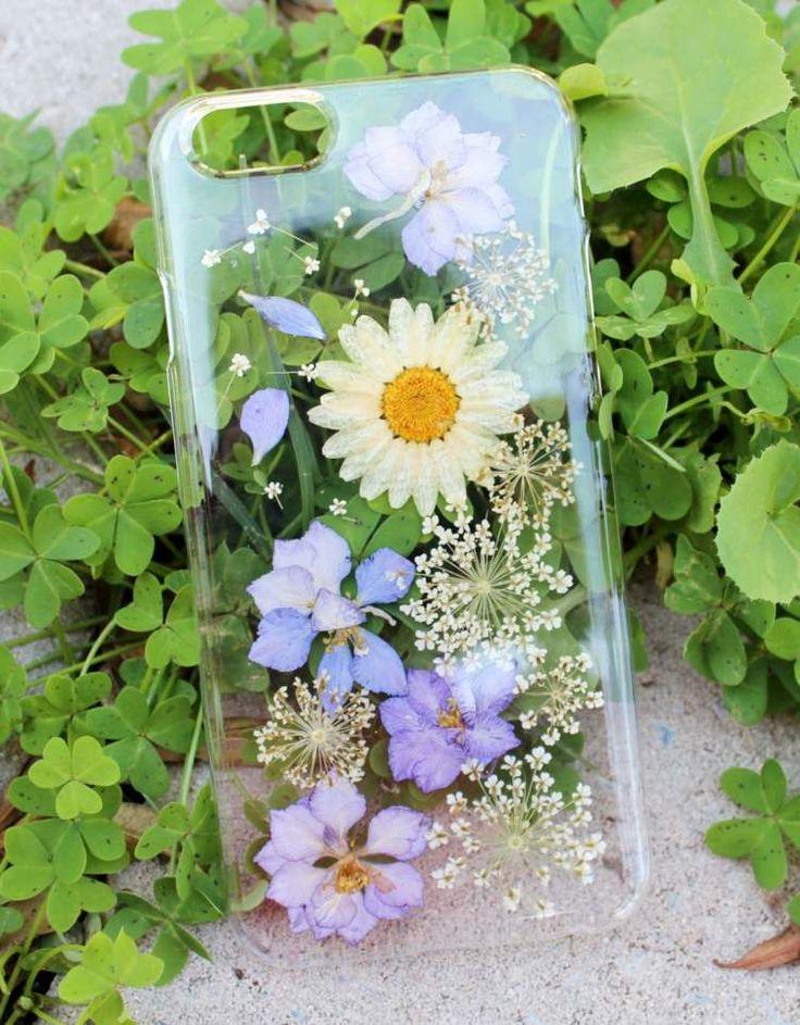 Ein Herbarium auf einer Handyhülle gestalten