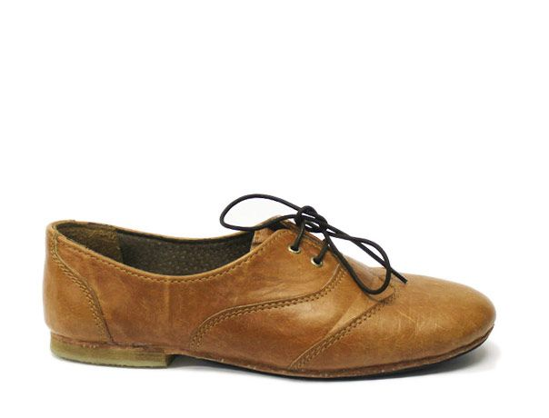 Nothing to do with our business...but I love these Whiskey Brogue | Diomande
