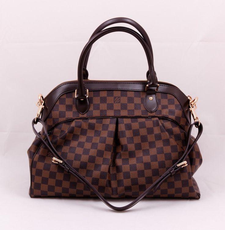 Сумка Louis Vuitton Trevi PM из фирменного материала LV с отделькой из натуральной кожи. Размер 40x28x18cm #19651