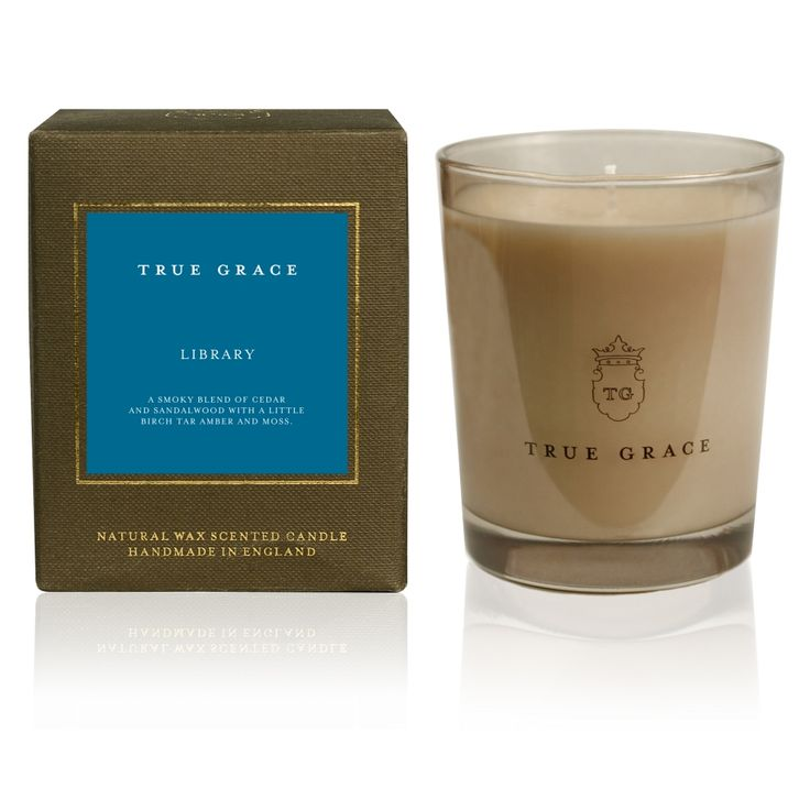 Manor Classic Candle - Library - Scents of Wood, Amber and Moss