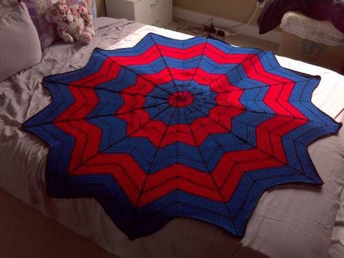 Spiderman blanket - CROCHET- How awesome is this? Christmas present for my husband.