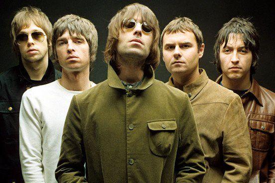 En 2015 el cineasta Matt Whitecross se dio a la tarea de compilar todo el material audiovisual de este tramo en la historia de Oasis con Supersonic