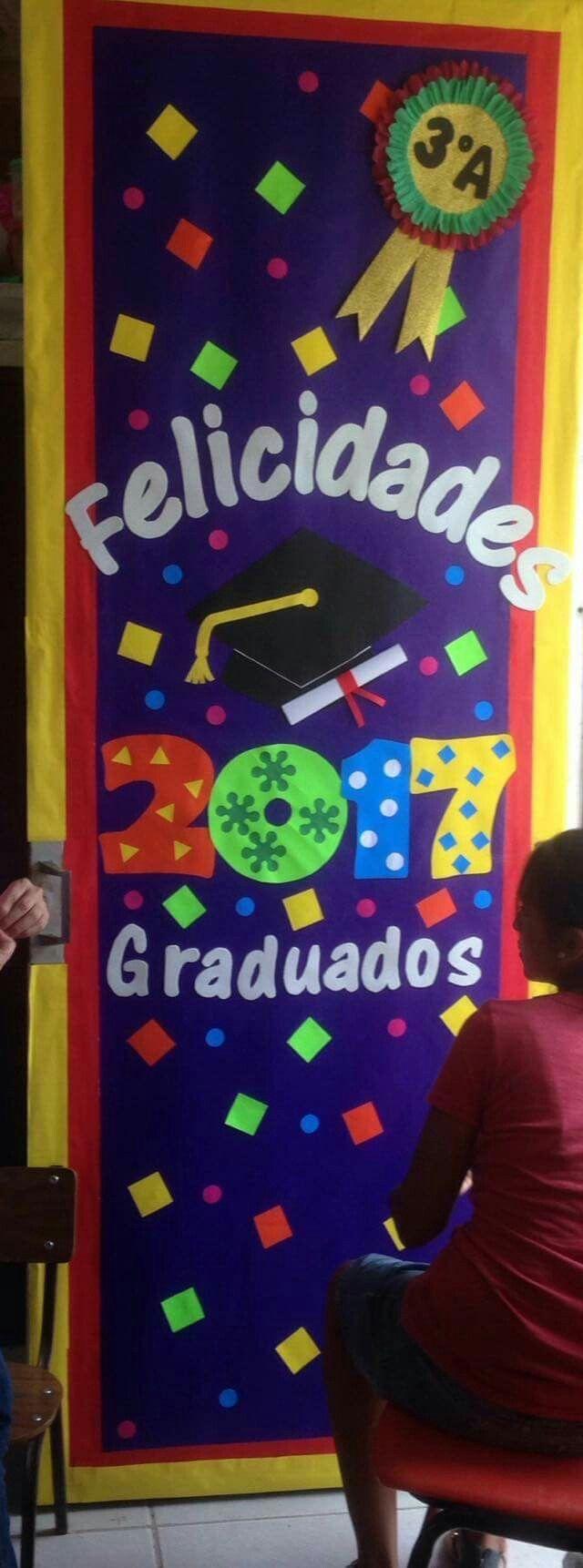 Pin de julieta mg en school graduaci n preescolar for Decoracion de puertas escolares