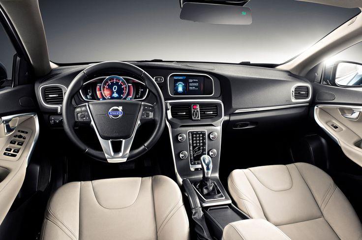 2014-volvo-v40-interior.jpg (2048×1360)