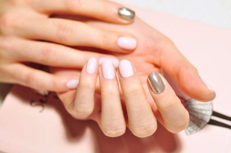 metal manix multi chrome na paznokciach, pink marshmallow semilac,