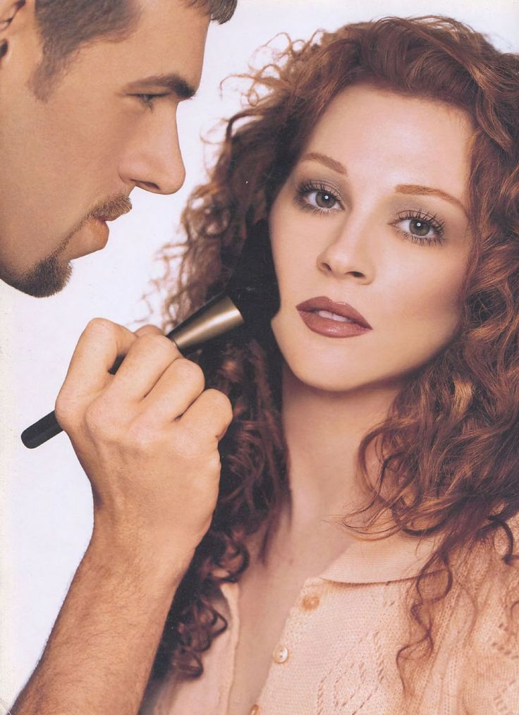 Kevyn Aucoin - Making Faces Once, my dream was to have Kevyn Aucoin do my makeup. In my mind, I looked like this!