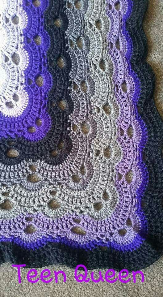 Crochet Pattern Virus Blanket : Close up (http://www.ravelry.com/patterns/library/virus ...