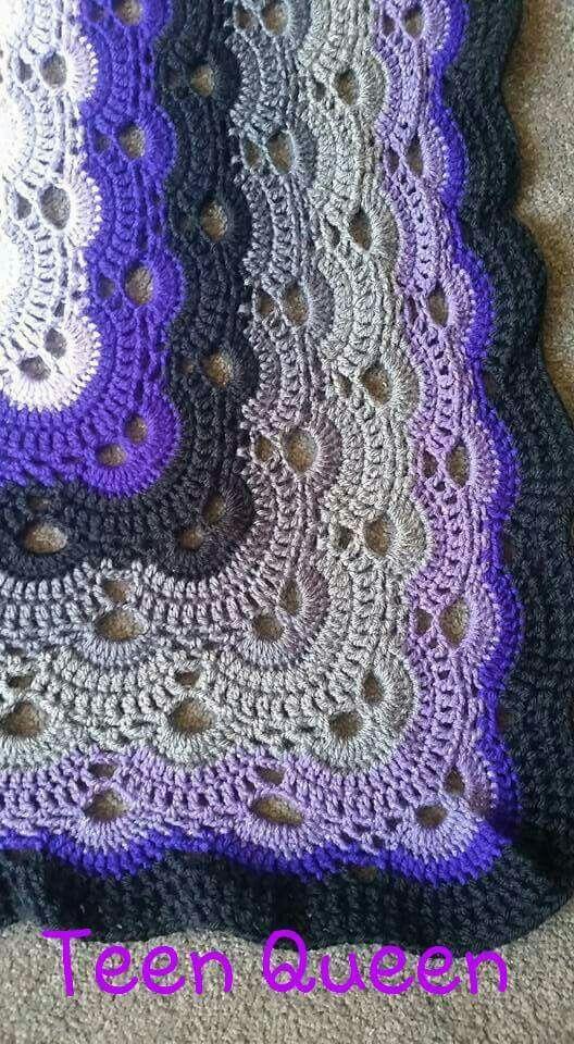 Crochet Pattern Virus Blanket : Close up (http://www.ravelry.com/patterns/library/virus ...