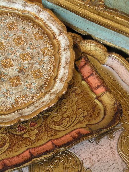 love the colors in these italian florentine trays