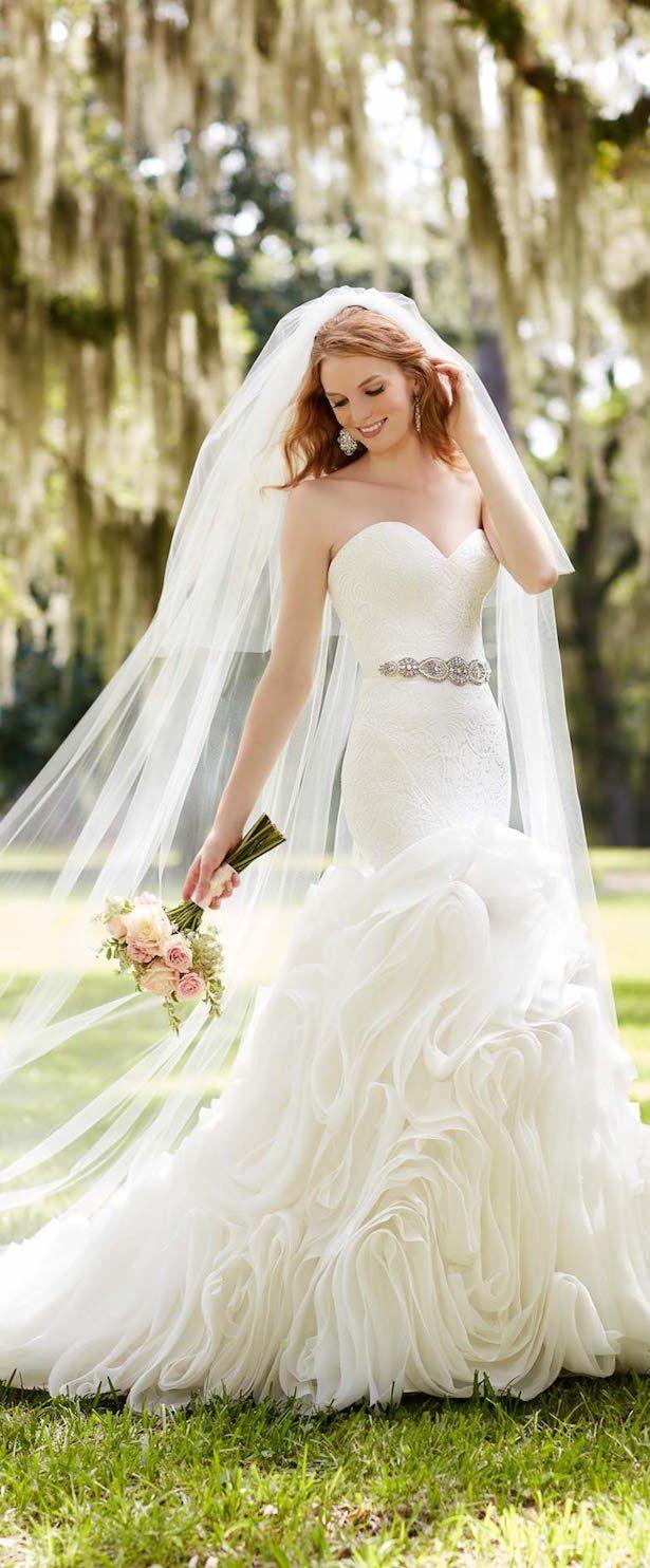 Martina Liana Spring 2016 Bridal Gown – Hochzeitswunder – #Brautkleid # Früh …   – Hochzeitskleider