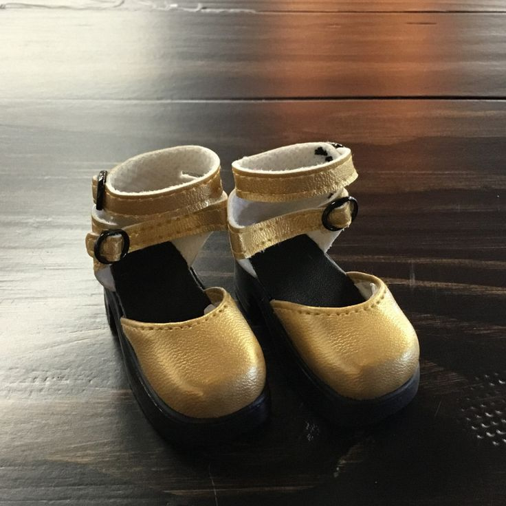 MSD Gold slippers