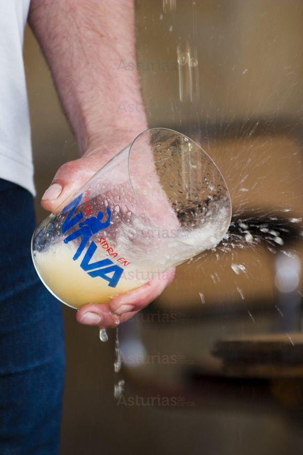 FESTIVAL DE LA SIDRA NATURAL DE NAVA ( días 12, 13 y 14 julio) F.I.T.N.  El Festival de la Sidra de Nava está orientado a los diversos aspectos que atañen a la bebida ancestral asturiana: producción , elaboración, escanciado, consumo, etc.