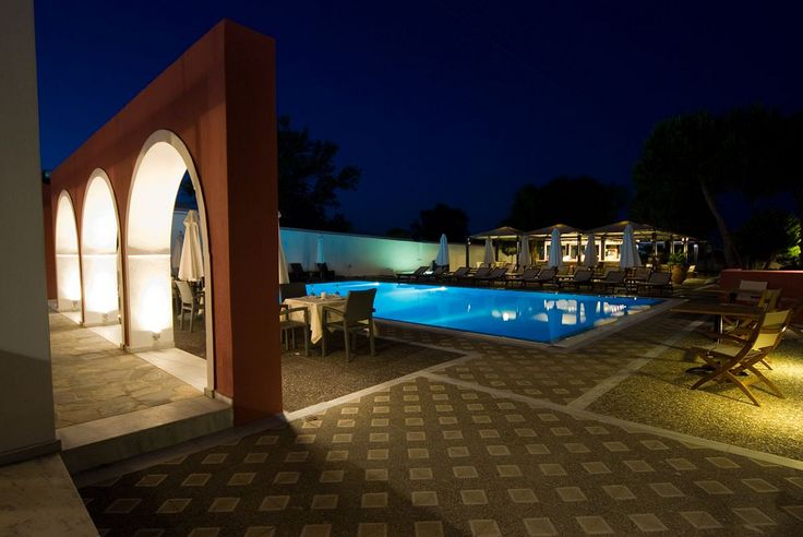 Pool by night | Flickr - Photo Sharing!