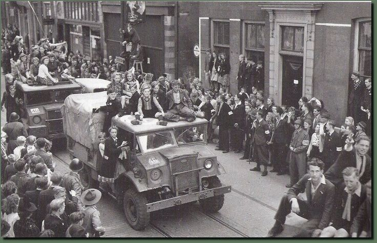 8 mei 1945. Breestraat Leiden.