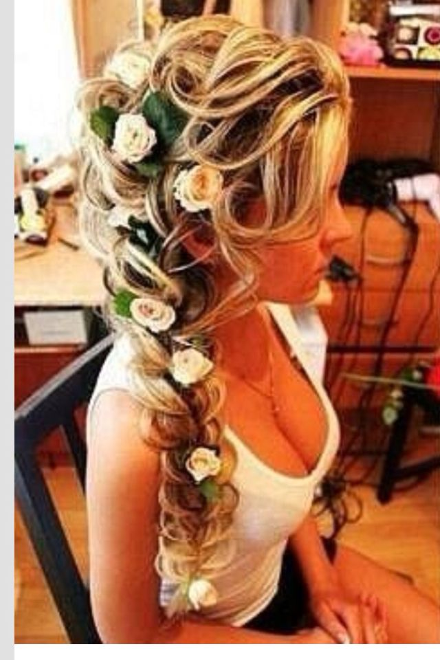 this is the most goreous hair idea! i would kill for her hair. BB
