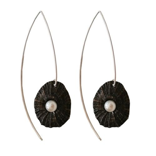 Minimalsit long earrings,sea shell with pearls made of oxidized sterling silver,minimalist,luxury and stylish earrings