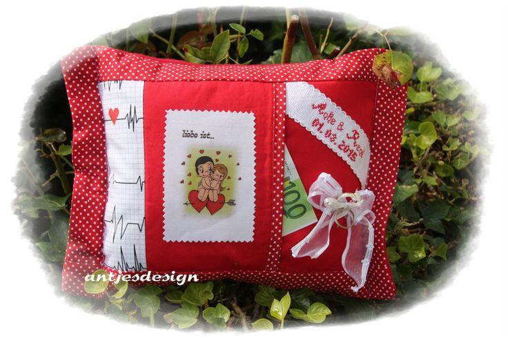 Hochzeit Geld - Liebe ist ... - personalisierbar  von Antjes Design auf DaWanda.com