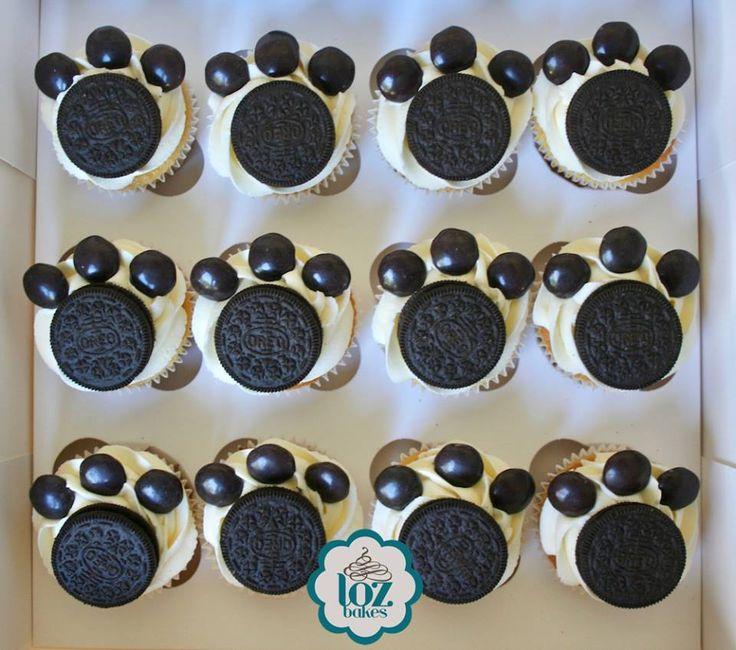 Oreo paw print cupcakes