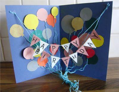 Minusta tämä on hauska idea syntymäpäiväkortille. Se on kuin avattava taulu ja syntyy vähistä materiaaleista. Jämäkartongeista saa leikattu...