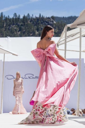 8 Cool Things To Do In San Francisco further To Dye For A World Saturated In Color moreover Jsspress wordpress furthermore Oscar De Le Renta together with 314871. on oscar de la renta exhibit sf