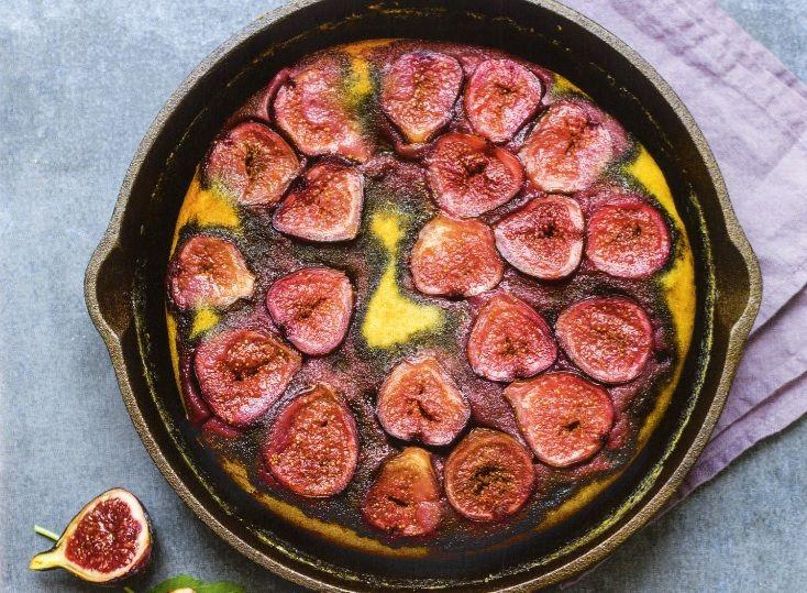Esta receta viene en el libro Pasteles al sartén, el cual incluye30 recetasde pasteles dulces y salados que puedes cocinar sin utilizar horno.