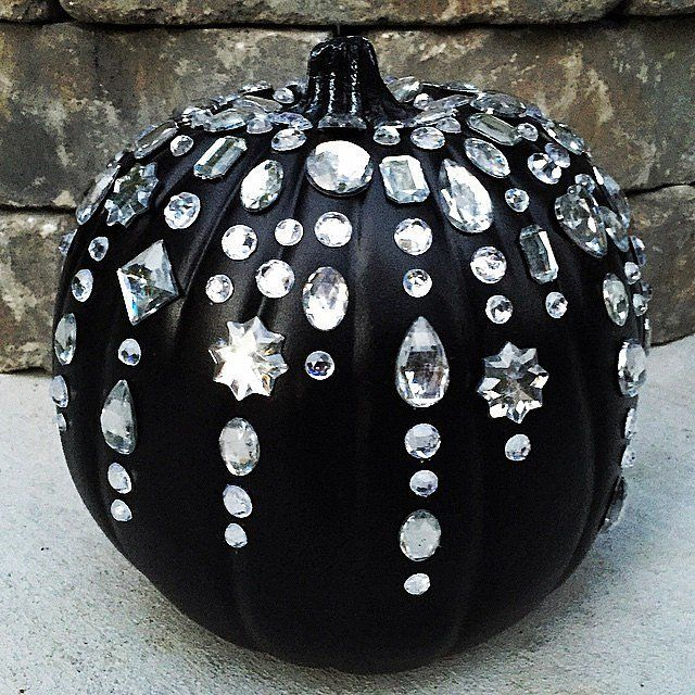 18 Times Real Girls Nailed Glamorous Halloween Decor | The ... - photo#3