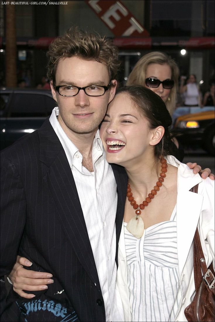 hildreth dating Kristin kreuk and mark hildreth she bought a home in los angeles with her actor boyfriend mark hildreth with whom she has been dating for the past 10.