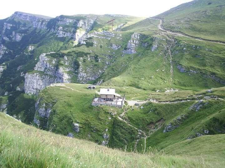 Cabana Caraiman - Munții Bucegi - România