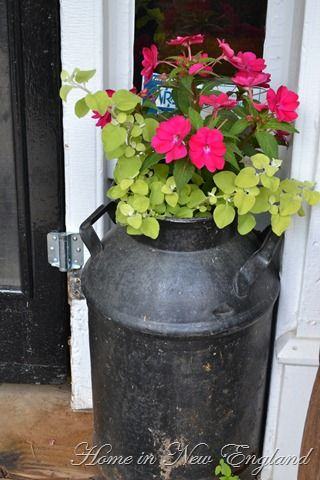 Milk Pail Planter With Images Old Milk Cans Milk Cans