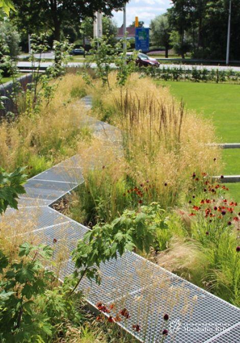Meer dan 1000 idee n over hedendaagse tuinen op pinterest tuinontwerp tuinieren en moderne tuinen - Aangelegde tuin ideeen ...