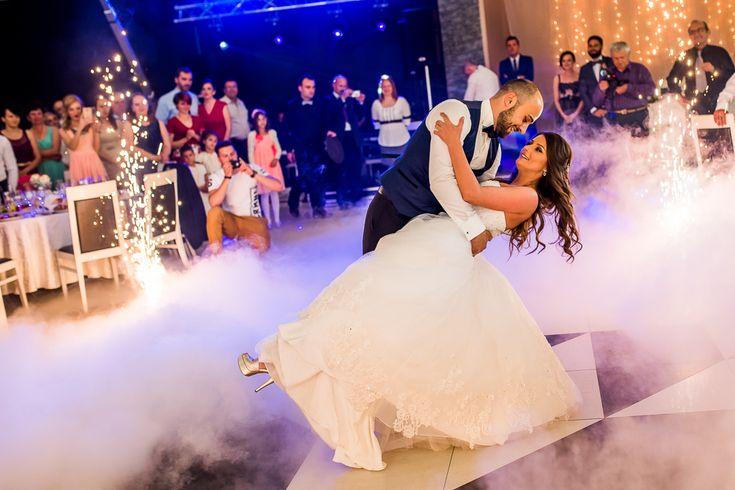 #weddingday #wedding #firstdance #bride #groom #weddingdress #dastudio