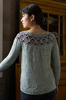 Leadlight_a_500_small2 Beautiful pattern, using cable and colorwork - I want to be able to knit this when I grow up!