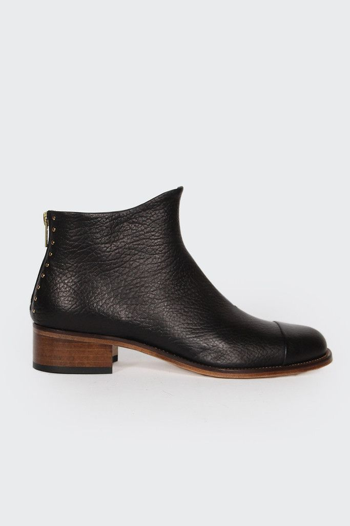Beau Coops, Beau 5, black montone http://www.goodasgold.co.nz/collections/beau-coops