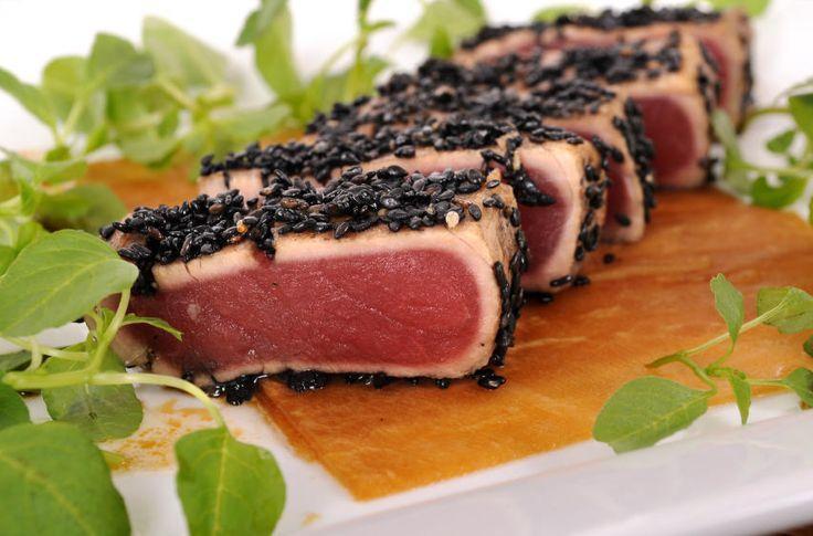 Der perfekte Wie Sie ein Thunfischsteak braten-Tipp mit einfacher Schritt-für-Schritt-Anleitung